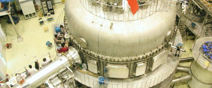 """พามารู้จัก """"โทคาแม็ค"""" อุปกรณ์ที่จะทำให้ความฝันของพลังงานนิวเคลียร์ฟิวชั่นเป็นจริงขึ้นมาได้"""